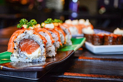 Sushi Online Delivery in Japan   FAIR Inc